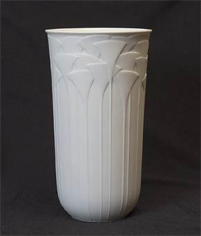 Rosenthal Uta Feyl vase