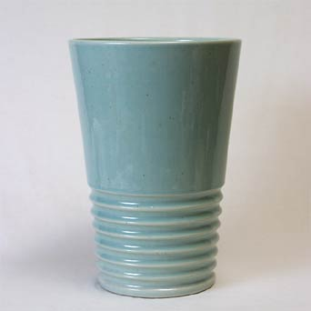 Pearsons ribbed vase
