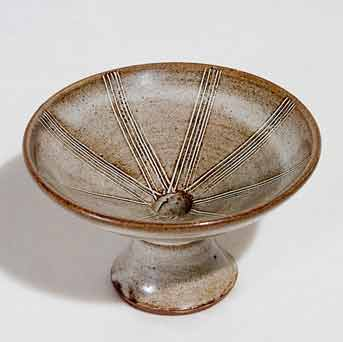 Small David Leach pedestal dish