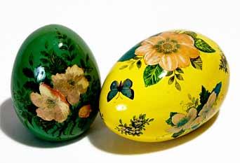 Joan de Bethel decorated eggs