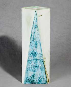Carn Large Pyramid vase
