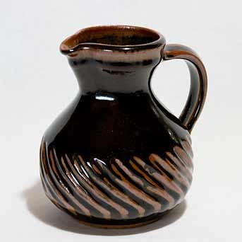 Aylesford fluted jug