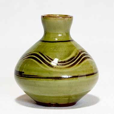 David Leach slipware vase