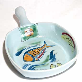 Buchan handled serving dish