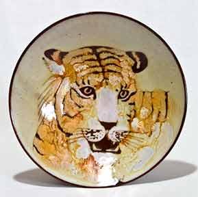 Chelsea tiger dish