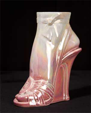 Sunset high-heeled vase