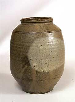 Anthony Richards vase