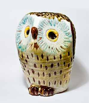 Hand thrown Chelsea owl