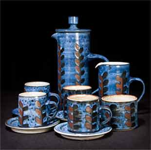 Bright blue Briglin coffee set