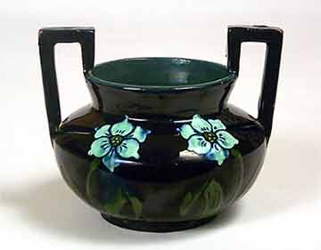 Two-handled Thoune pot