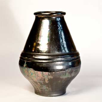 Iridescent Dicker vase