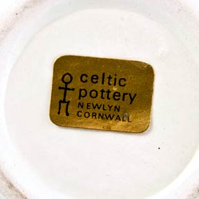 Celtic horse mug (label)
