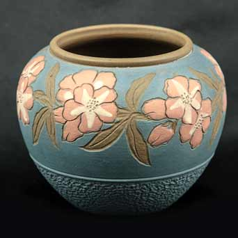 Floral Langley pot