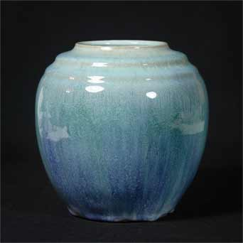 Isle of Wight Saunders vase